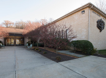 640px-natoli-nj-contractor-adath-shalom-synagogue-8