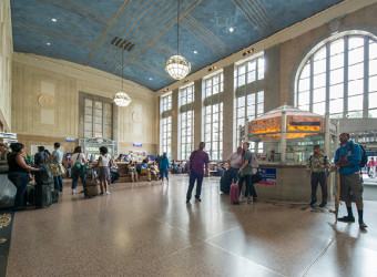640px-natoli-nj-contractor-newark-penn-station-14